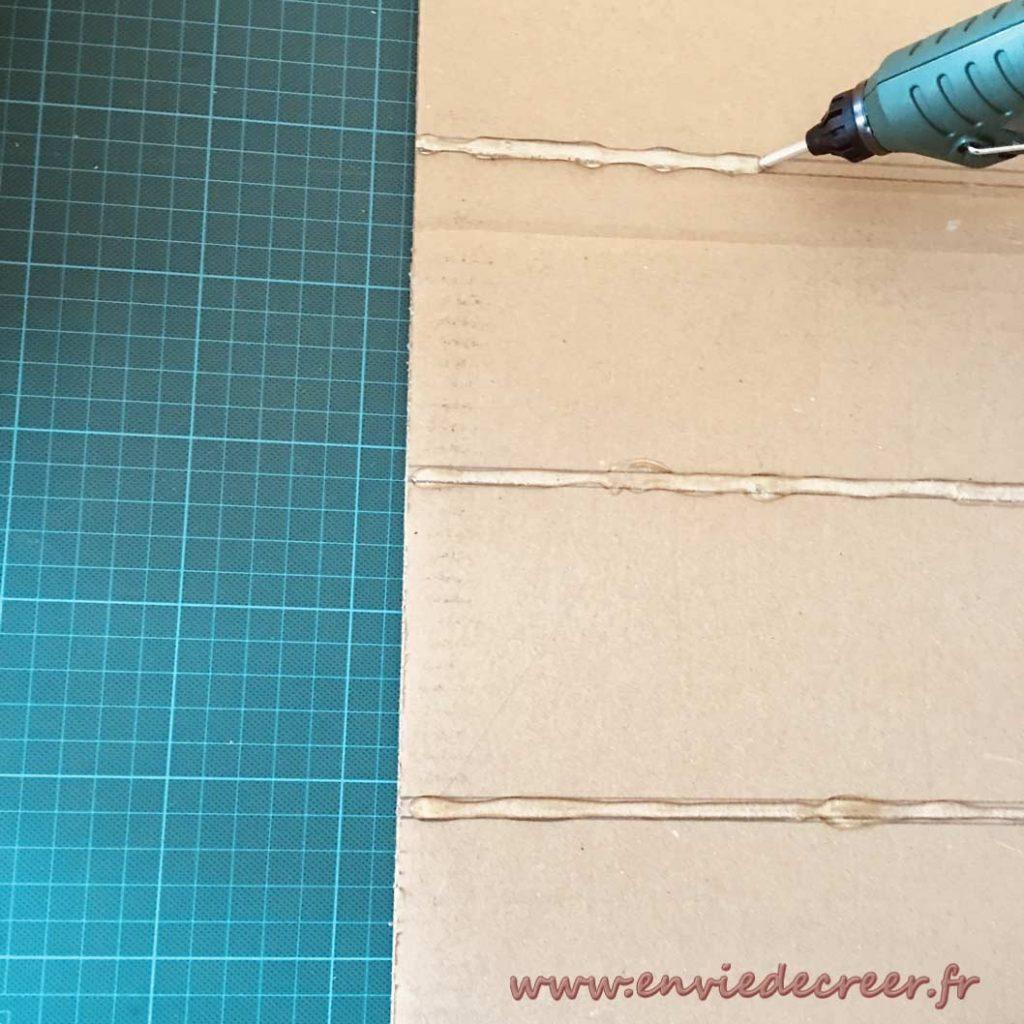 coller-bords-meuble-carton