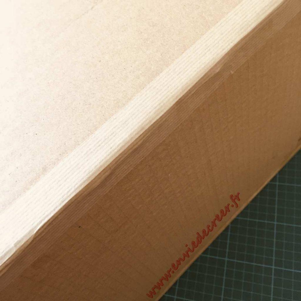 kraft-gomme-meuble-carton