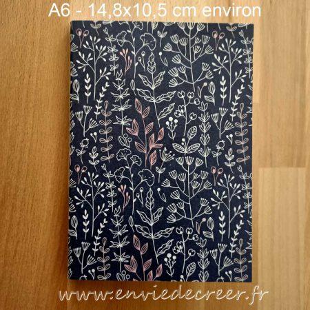 carnet a6 pointille bleu marine à motifs blancs