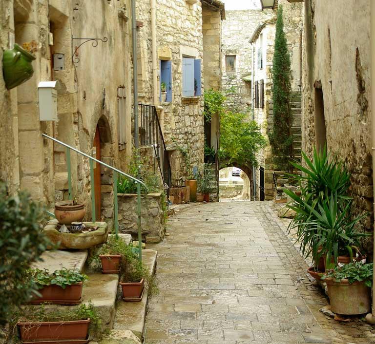 vacances depaysantes village