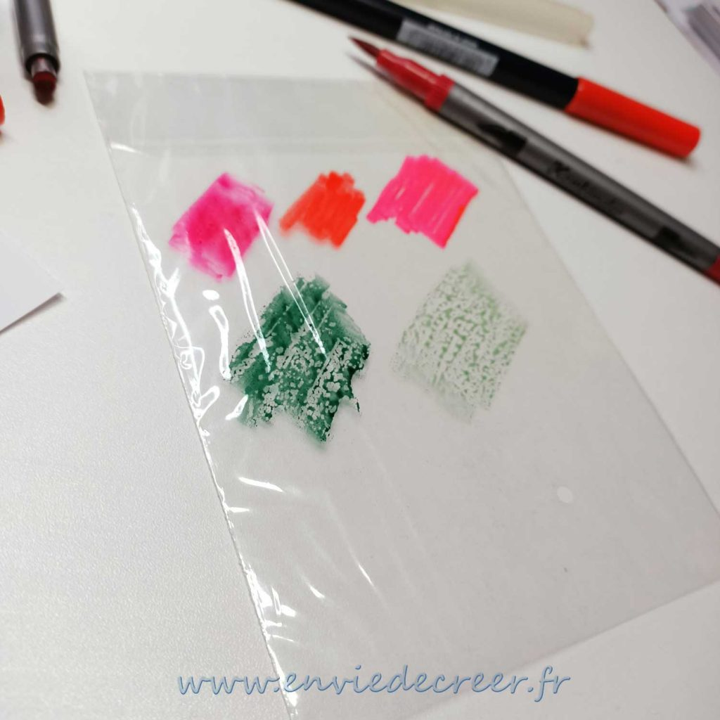 3-emballages-plastiques-deposer-couleur